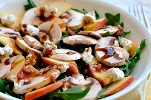 Manitaria salad